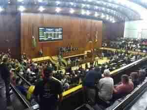 Assembleia Legislativa encerra sessão sem votar RRF e PECs | Foto: Samantha Klein / Rádio Guaíba