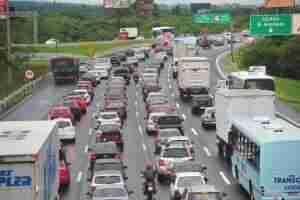 75 mil veículos devem trafegar pela freeway nesta terça. Foto: Alina Souza / CP memória