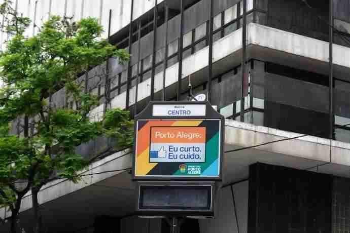0ba246b2c79 Edital para relógios de rua na Capital fica para o ano que vem ...