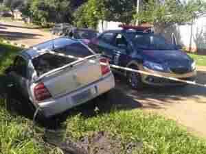 Carro caiu em vala após atropelar e matar criança. Foto: Jairo de Souza / Especial / CP