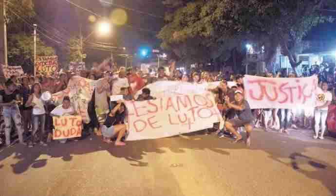 Mobilização por Eduarda de Mello bloqueou cruzamento na zona Norte da  Capital  73035d28796a5