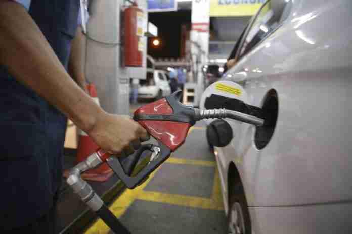 Preço da gasolina vem aumentando no Brasil | Foto: Marcello Casal Jr / Agência Brasil