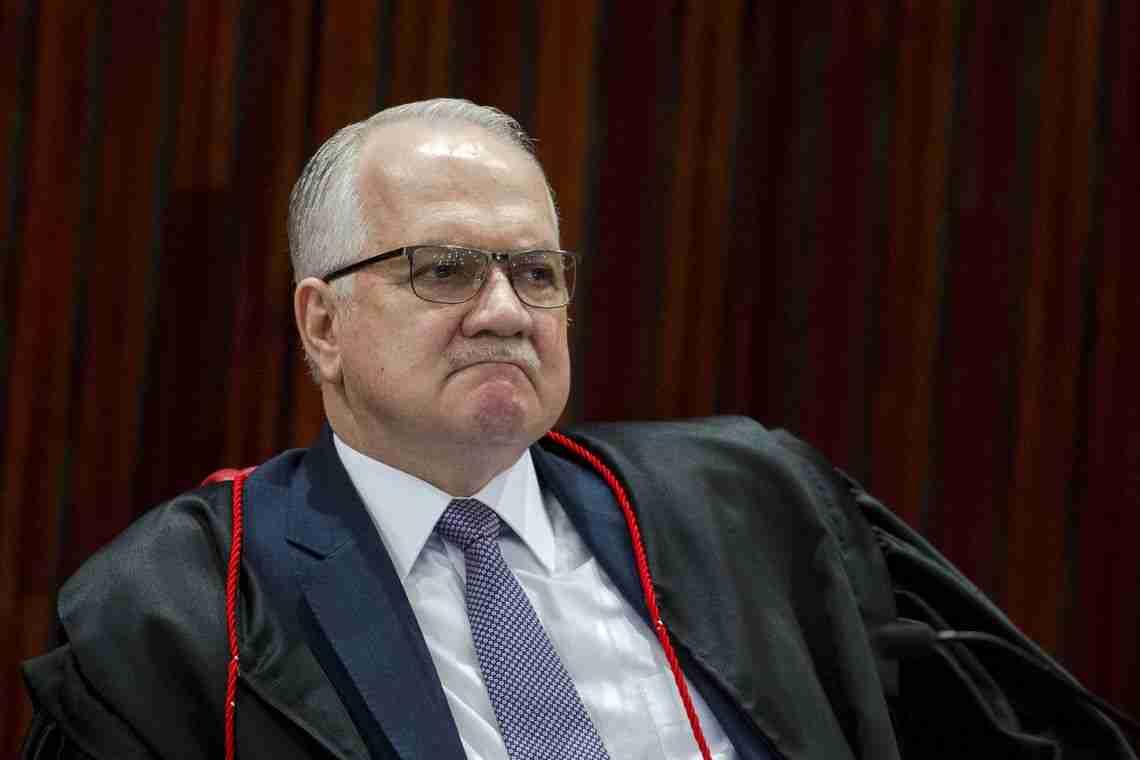 PF pede e Fachin nega prisão de Dilma, Mantega, Raupp e Eunício ...