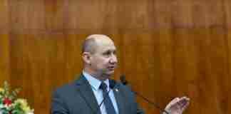 Deputado Elton Weber (PSB) votou contra a concessão do benefício para membros da Procuradoria-Geral do Estado.