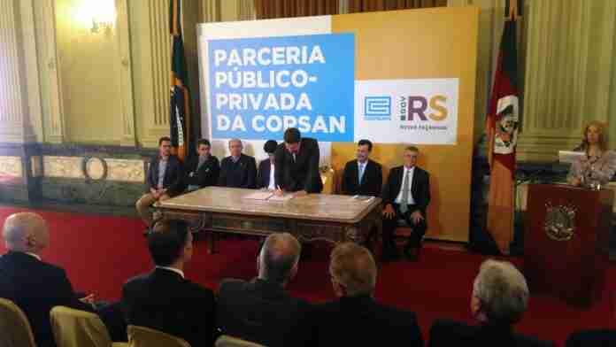 Edital da PPP da Corsan foi assinado pelo governador Eduardo Leite em agosto   Foto: Arquivo/Gustavo Chagas/Rádio Guaíba