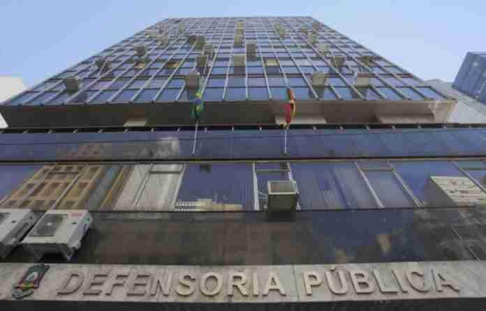 Cartilha sobre contratos na rede de ensino privado foi feita pelo órgão de defesa do consumidor da Defensoria Pública do RS | Foto: Divulgação