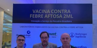Fabricio Bortolanza, Marcelo Bulman (Country Manager Brasil) e Rodolfo Bellinzoni (Diretor de Operações Industriais e Inovação da Biogénesis Bagó - Divulgação