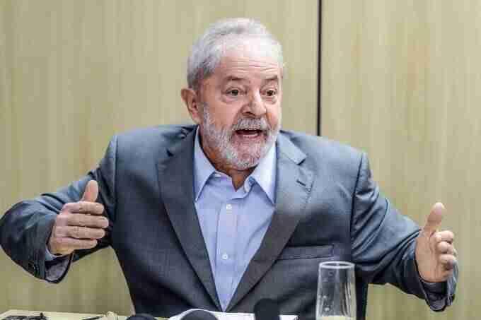 Lula foi condenado a quase 13 anos de prisão no caso do sítio de Atibaia | Foto: Ricardo Stuckert