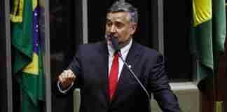 Segundo Paulo Pimenta, bolão premiado foi realizado entre os funcionários que trabalham em seu gabinete | Foto: Luis Macedo / Câmara dos Deputados / CP