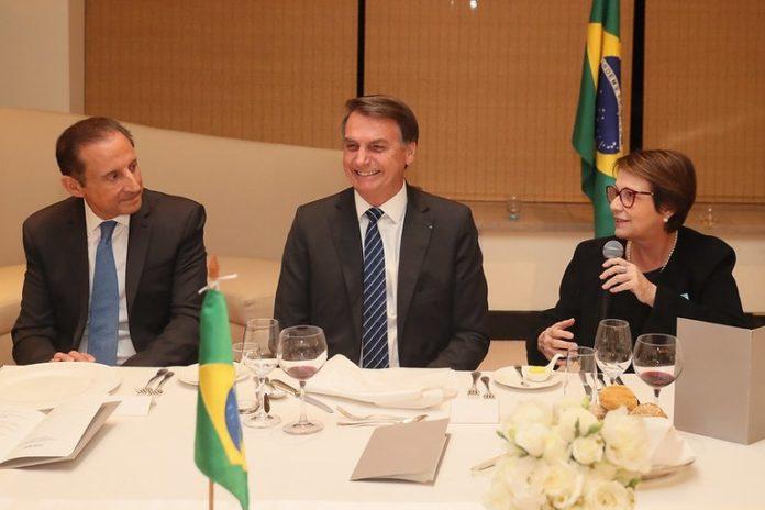 Ministra Tereza Cristina integra comitiva do presidente Jair Bolsonaro na China