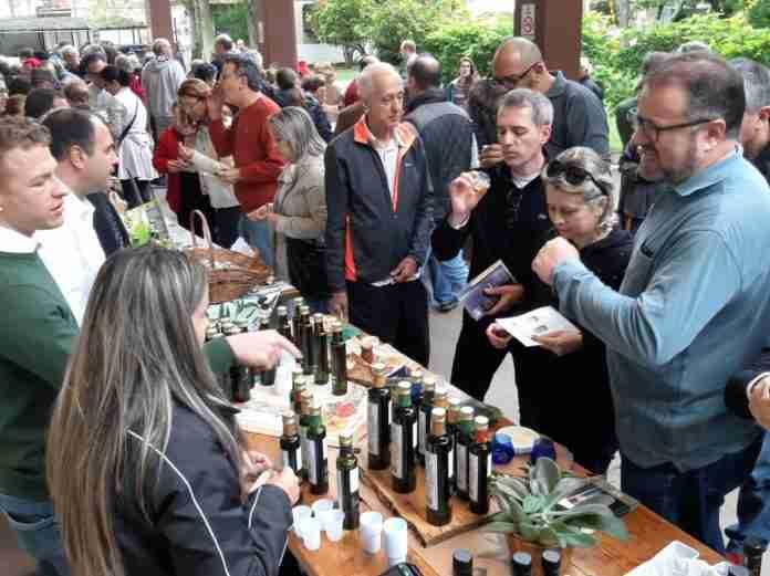 De acordo com o Ibraoliva, 75% do azeite de oliva consumido pelos brasileiros vem dos gaúchos.