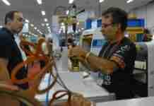 Lideranças empresariais e políticas do setor do calçado manifestaram preocupação com proposta de Paulo Guedes | Foto: Foto: Stephany Sander/Especial/CP