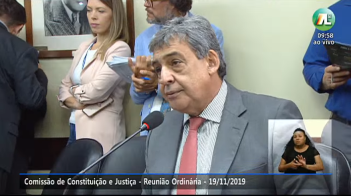 Sebastião Melo (MDB) é autor de requerimentos que barram o