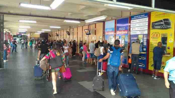 Guichês da Rodoviária estão vendem passagens de última hora | Foto: Gustavo Chagas/Rádio Guaíba