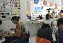 Serviços de higiene pessoal, como salões de beleza, podem abrir desde que autorizados pelos municípios | Foto: Elza Fiúza/Agência Brasil