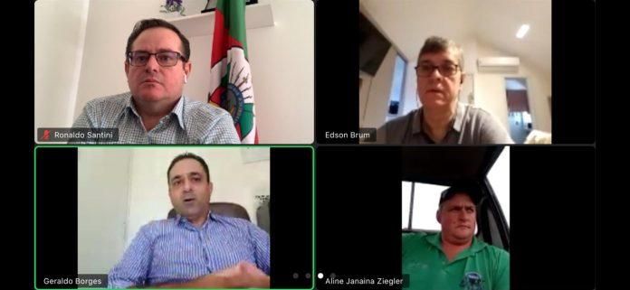 Deputados Santini e Brum falaram de problemas na liberação de crédito ao setor leiteiro gaúcho | Foto: Divulgação/Gabinete Ronaldo Santini