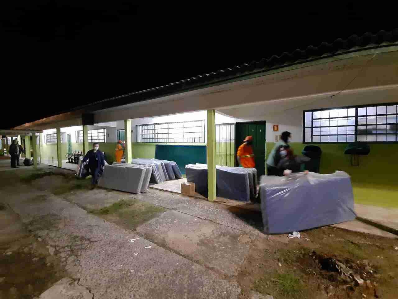 Abrigo em escola foi preparado para receber moradores das ilhas do Guaíba | Foto: Divulgação/PMPA