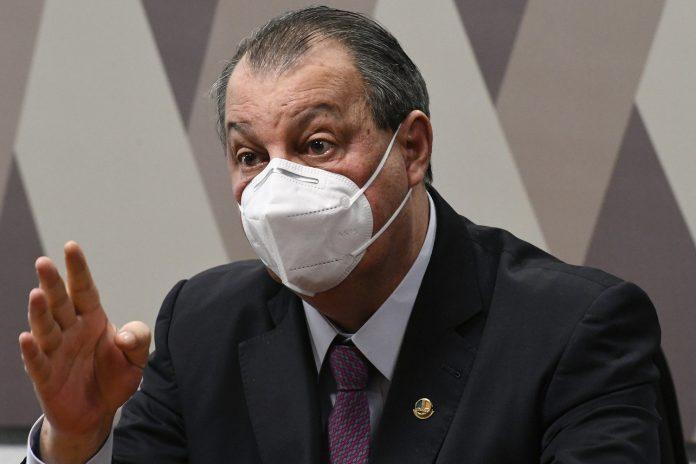 Presidente da CPI da Covid critica declaração de Bolsonaro sobre a China